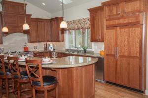 Real Estate shots 3-27-13-5518